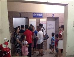 Chỉ ở Hà Nội: Thang máy thành phòng ăn, toilet