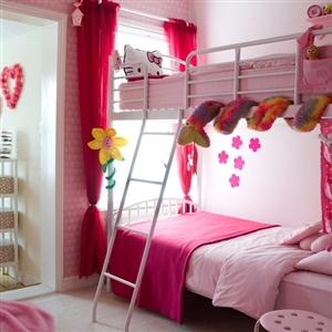 Sử dụng màu hồng và đỏ trong thiết kế nội thất